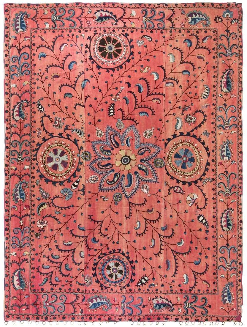 Suzani Usbekistan, um 1900. Nadelarbeit auf 3 Bahnen.