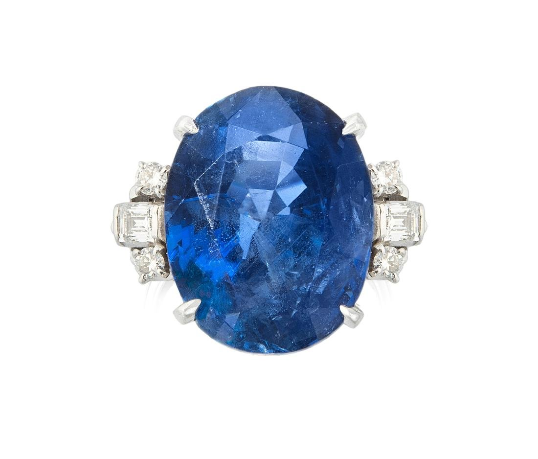 Burmasaphir-Diamant-Ring 950 Platin. 1 feiner, oval