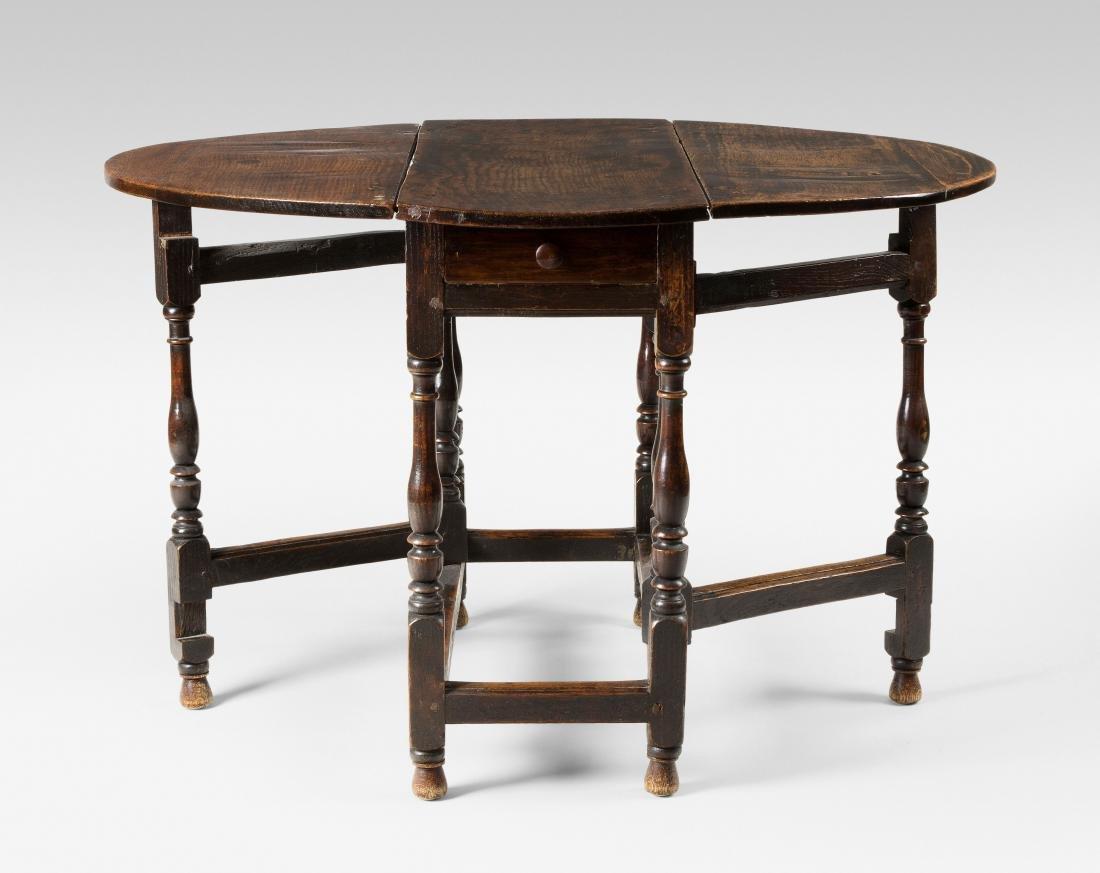 Gateleg-Table Queen  Anne 18/19. Jh. England. Eiche.