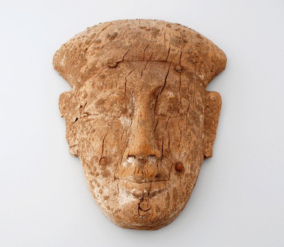 Mumienmaske Ägypten, Spätzeit. Holz. Ovale Gesichtsform