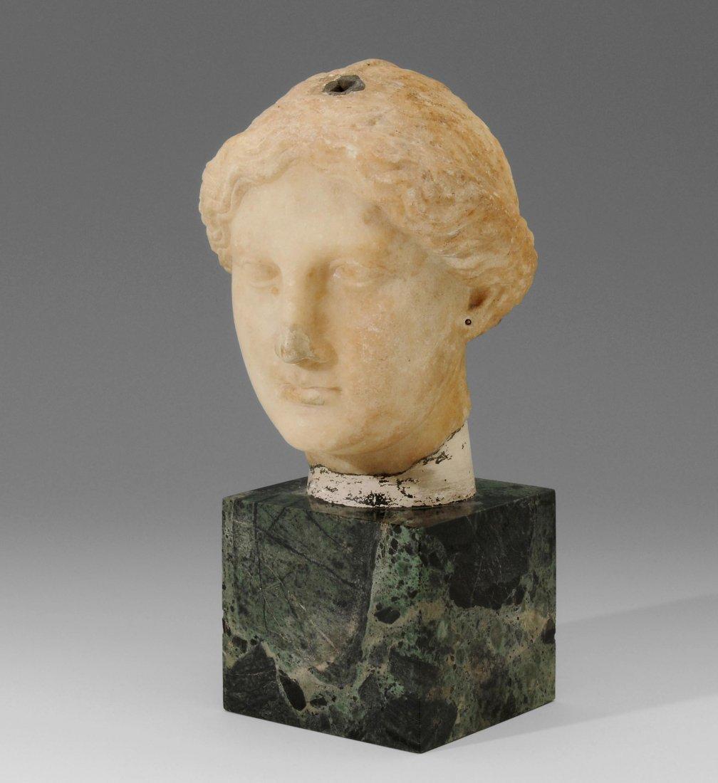 Weiblicher Kopf Griechisch-ptolemäisch, ca. 100 v. Chr.