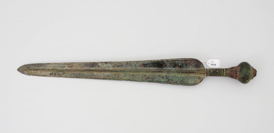 Dolch Luristan, 13.-8.Jh. v. Chr. Bronze. Knauf in