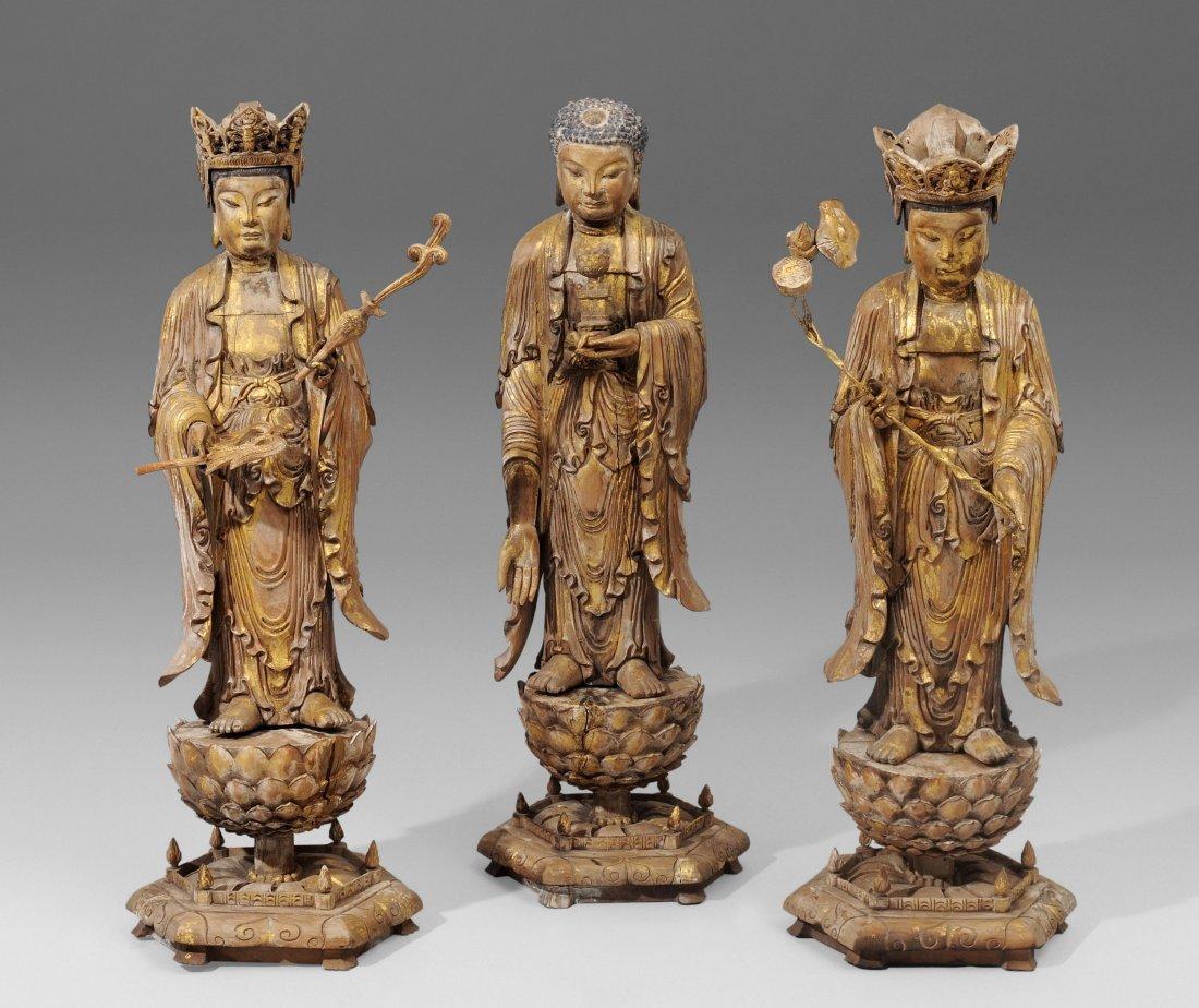 3 grosse Figuren China, um/nach 1900. Holz, Resten von