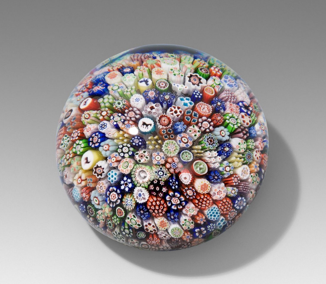 Paperweight, Baccarat, 1848 Farbloses Glaspolster mit