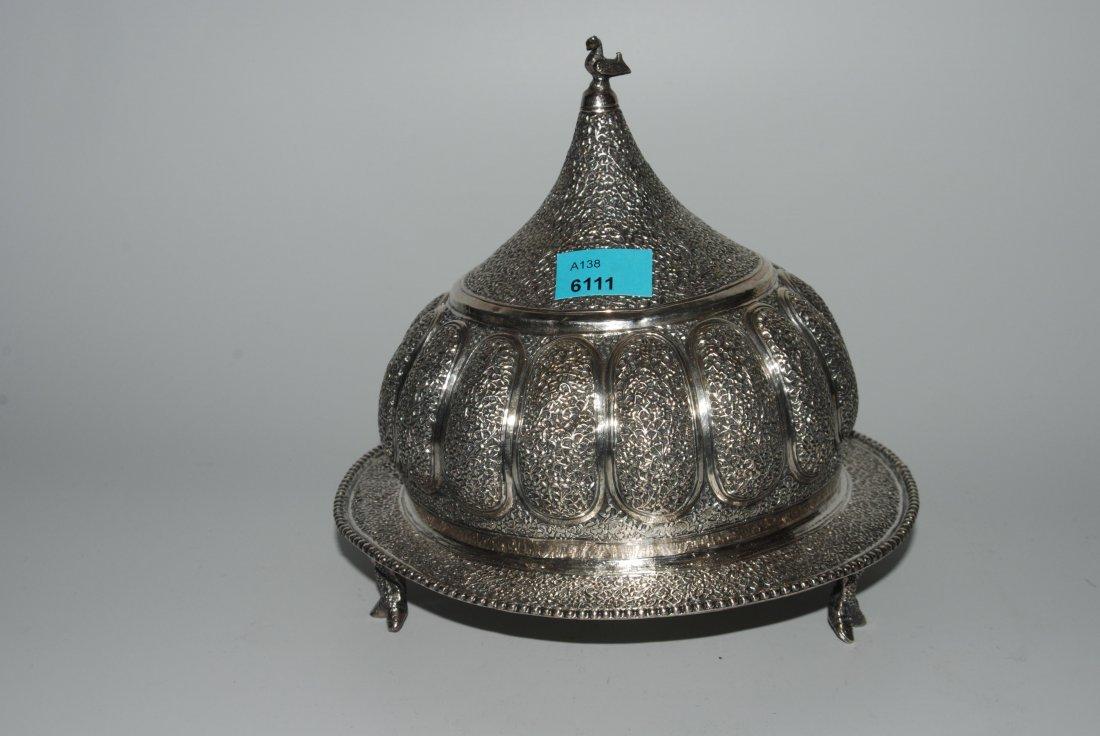 Konfektdose Persisch, um 1900. Silber. Runder Teller