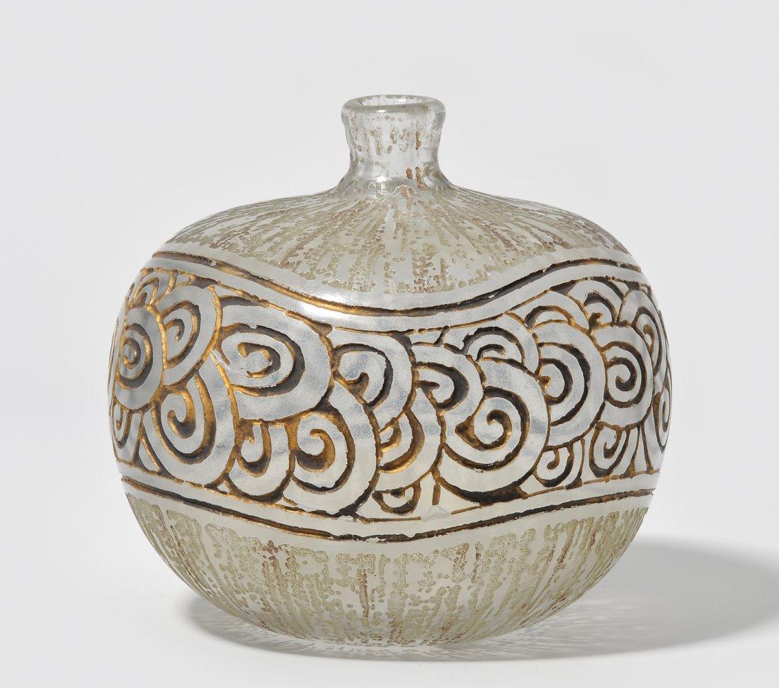 Vase, Daum Um 1930. Nancy. Farbloses opakes Glas,
