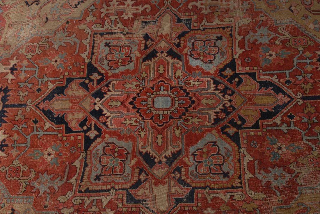 Heriz NW-Iran, um 1910. Im roten Mittelfeld liegt ein - 3