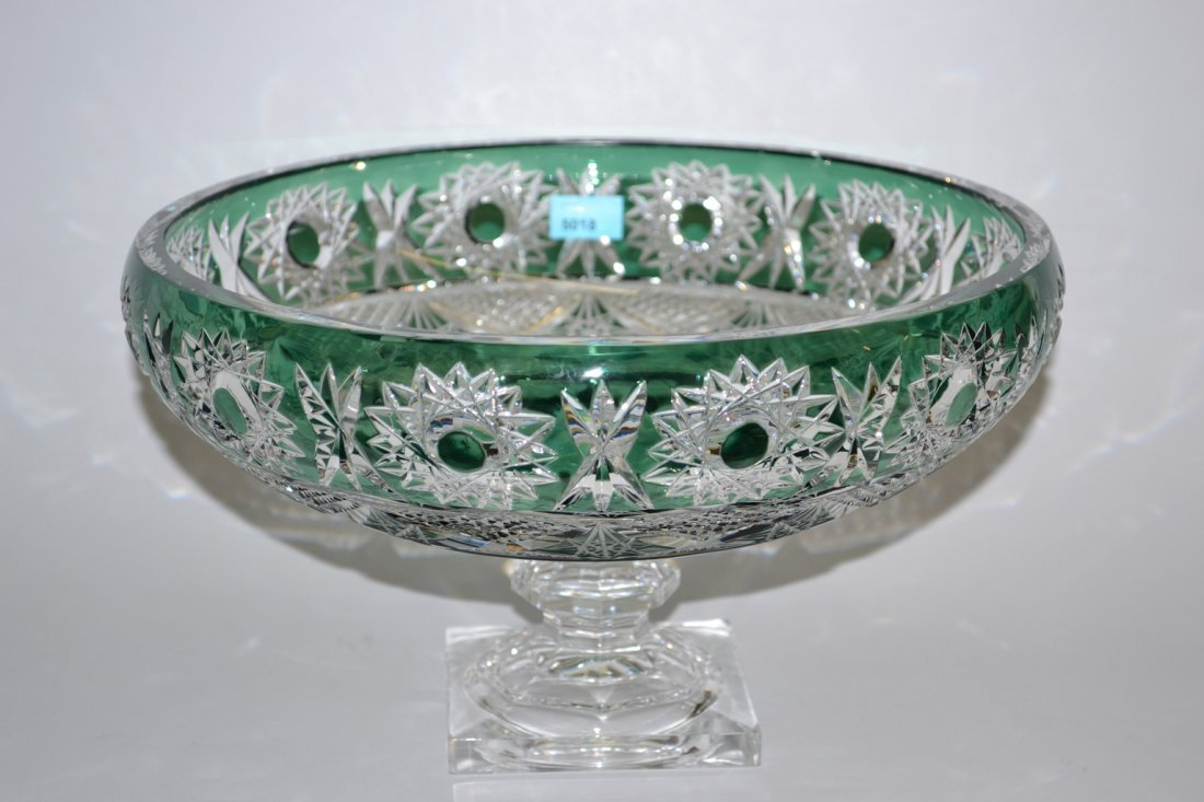 Fussschale, Bhmen 20.Jh. Farbloses Glas, grn