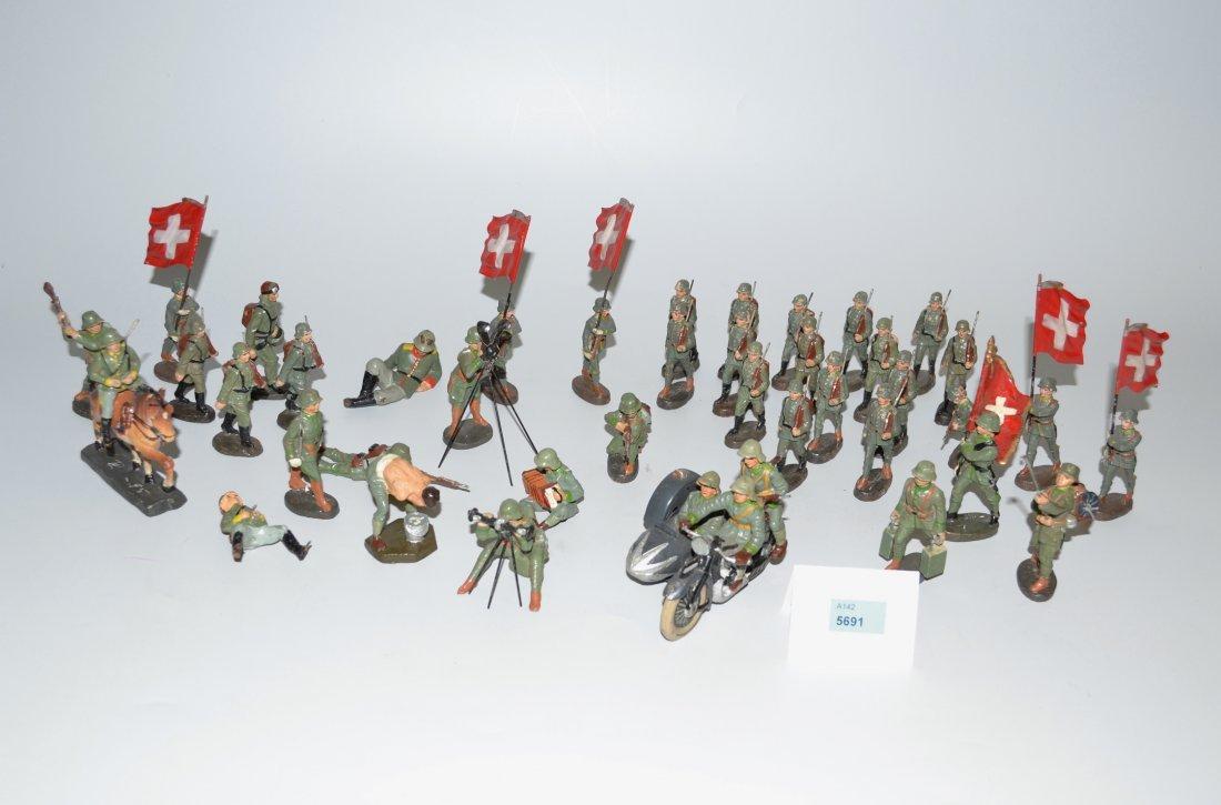 Lot: Elastolin-Soldaten Deutschland, um 1940. - 2