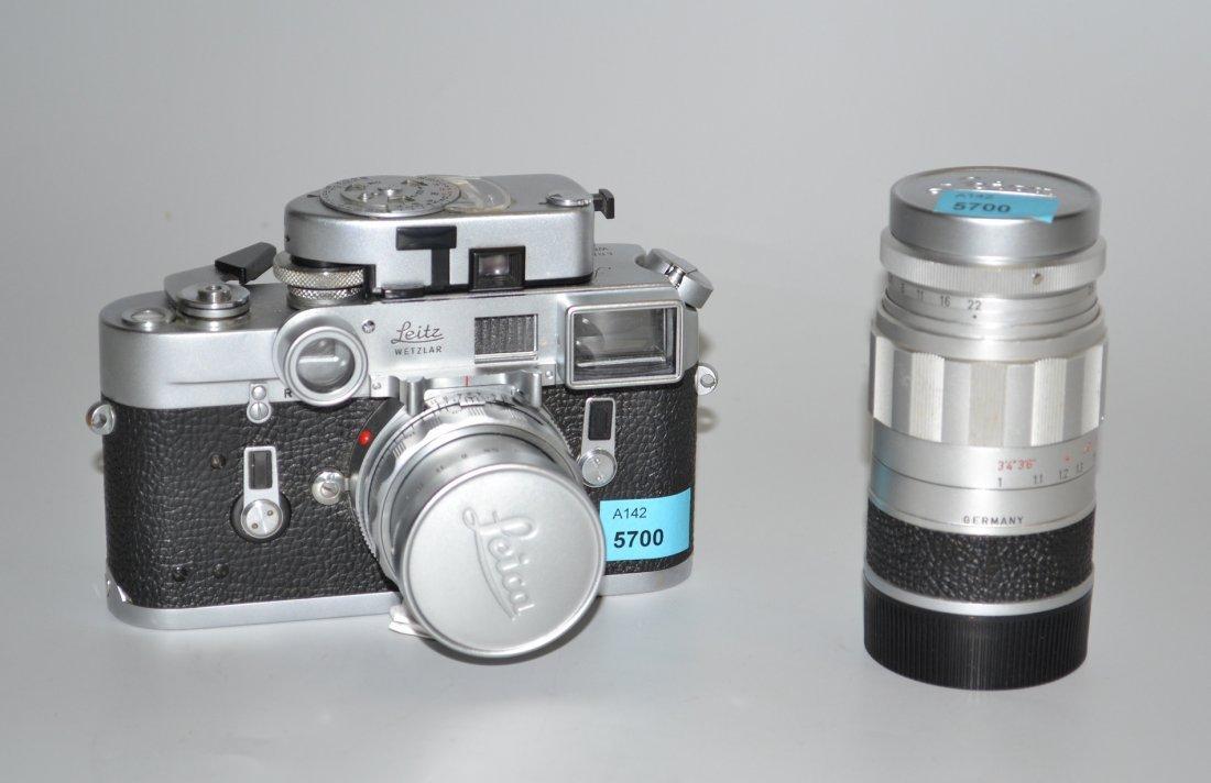 Leica-Rollfilmkamera mit Zubehr Deutschland, um 1960.