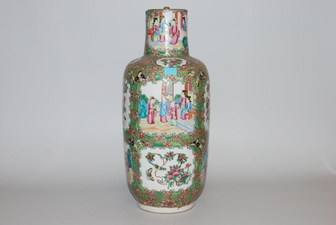*Vase als Lampenfuss China, 19. Jh. Porzellan. Canton