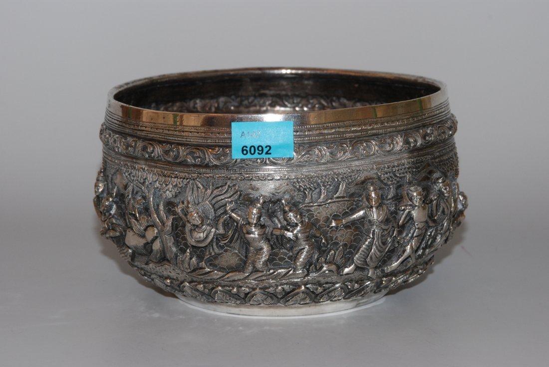 Silberschale Burma, 20.Jh. Silber. Bauchige Schale mit