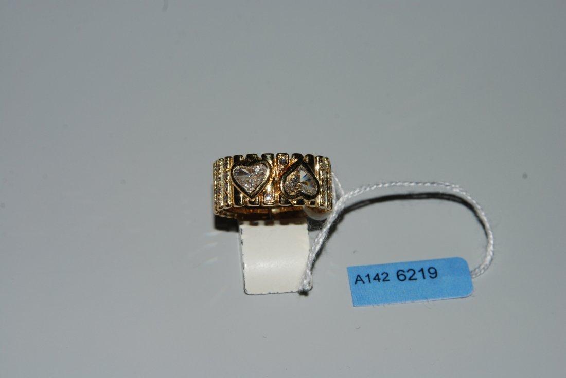 Diamant-Ring 750 Gelbgold. 2 Herzschliff-Diamanten zus.