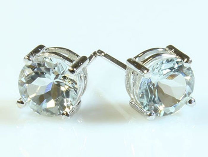 Aquamarine 2.40 ctw Stud Earring 10kt White Gold
