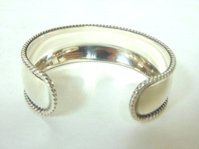 Womens Vintage Estate Sterling Silver Cuff Bracelet - 2
