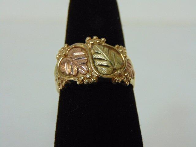Womens Vintage Estate 10K Gold Grape Leaf Ring