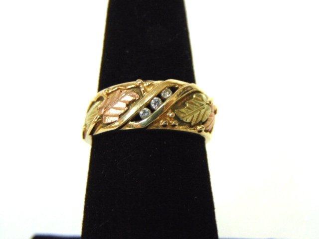 Womens Vintage 10K Gold Grape Leaf Ring w/ Diamonds