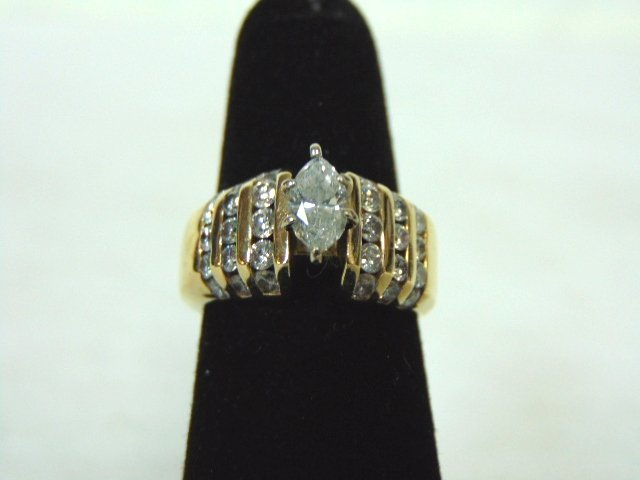 Vintage Estate 14K Yellow Gold & Marquise Diamond Ring