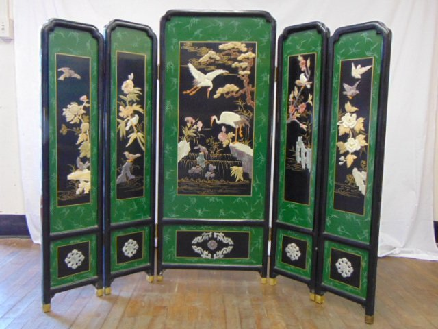 VINTAGE CHINESE JADE & SOAPSTONE CHANGING SCREEN