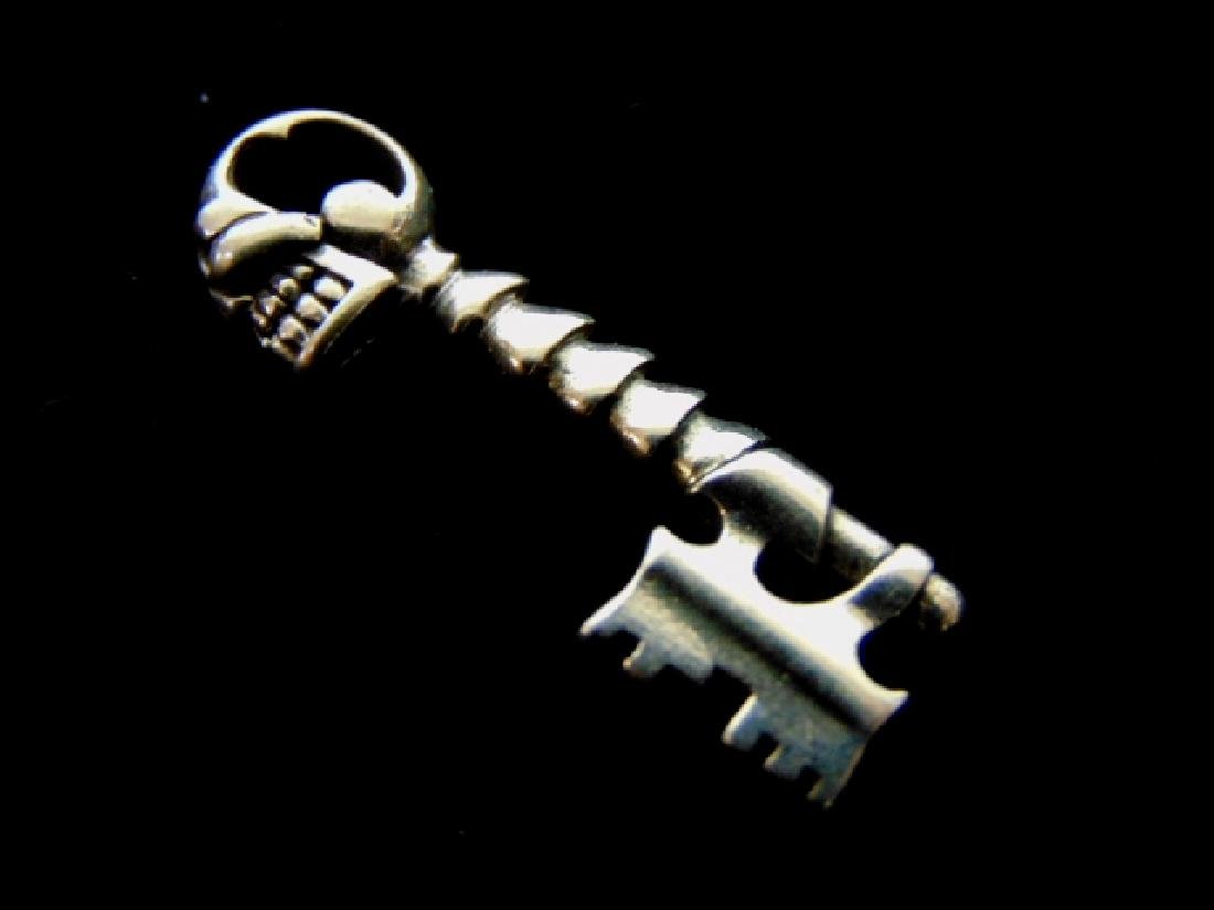 Vintage Estate Sterling Silver Skull & Key Pendant - 2