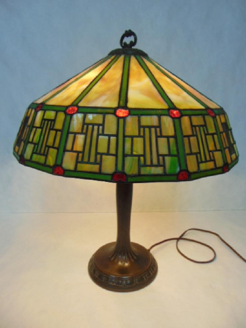 ANTIQUE ARTS & CRAFTS STAINED SLAG GLASS HANDEL LAMP