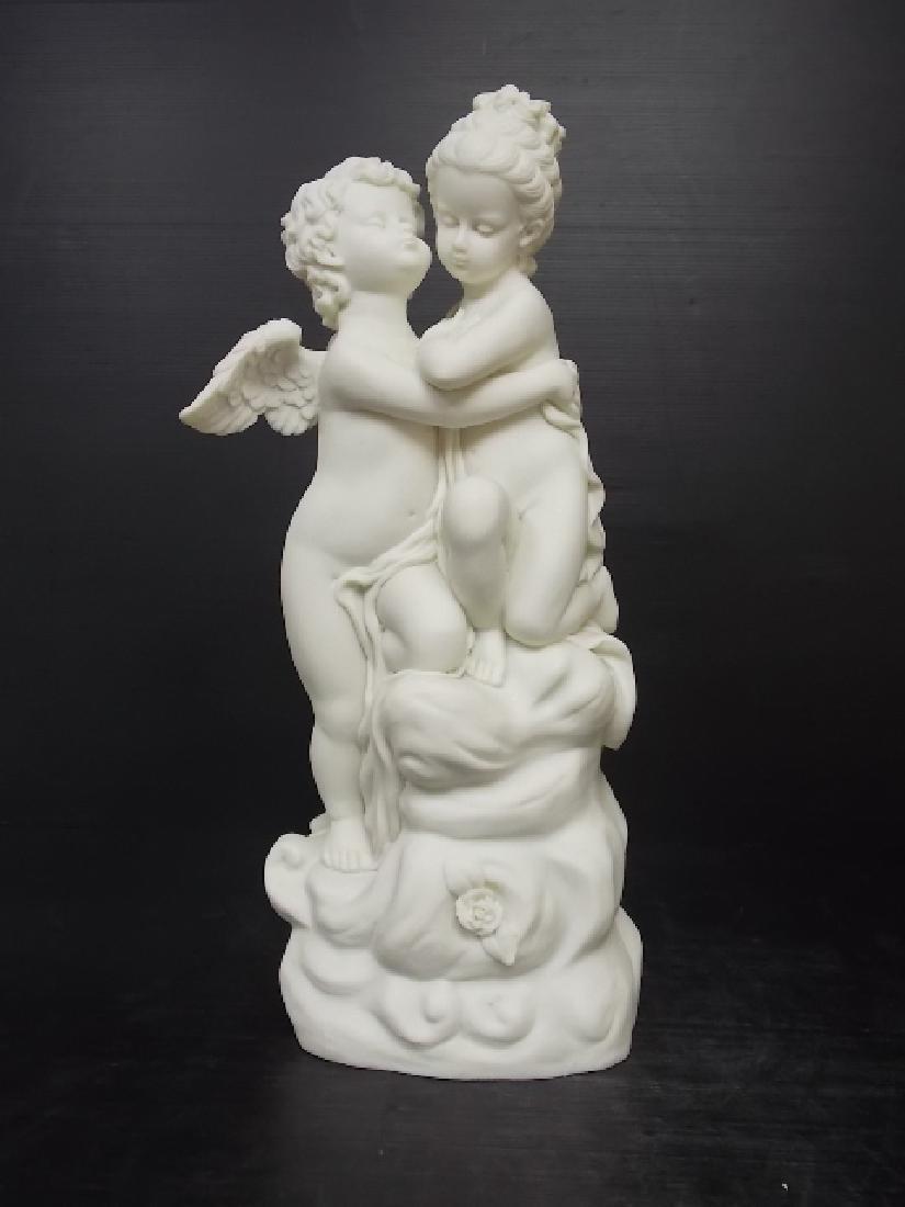 VICTORIAN STATUE OF KISSING CHERUB W/ MARBLE FINISH