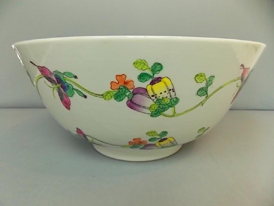 ANTIQUE HAND PAINTED CHINESE JAPANESE PORCELAIN BOWL
