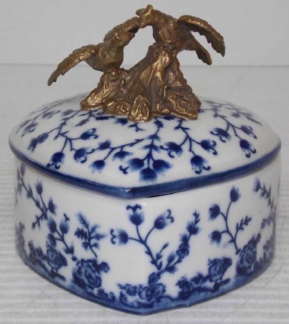 VICTORIAN ART NOUVEAU PORCELAIN & BRONZE VANITY BOX