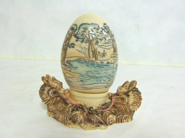 VINTAGE HAND PAINTED CHINESE EGG W/ STAND