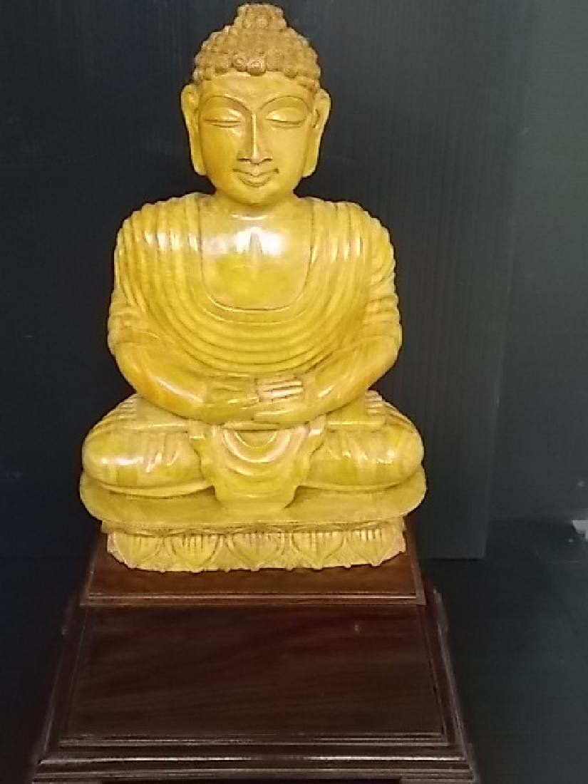 VINTAGE HAND CARVED FENG SHUI STATUE OF SITTING BUDDHA