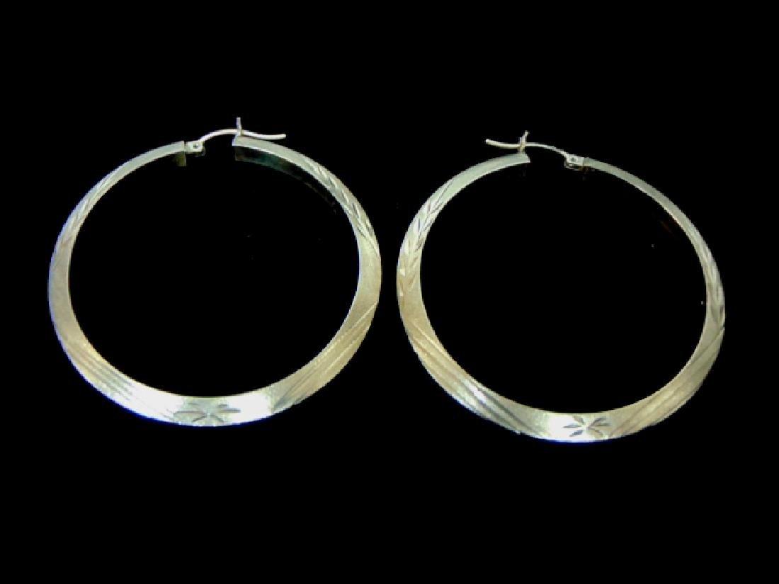Pr Womens Vintage Estate 10K Yellow Gold Hoop Earrings