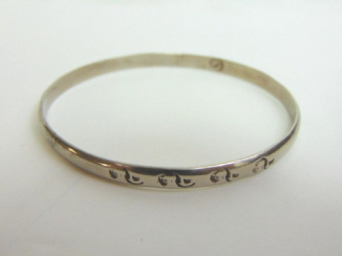 VINTAGE ESTATE STERLING SILVER BANGLE BRACELET  11.5g