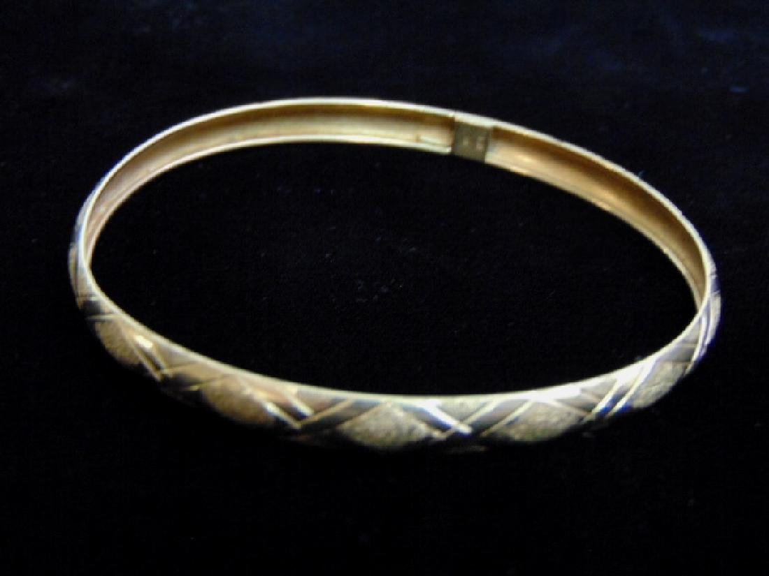 Womens Vintage Estate 10K Yellow Gold Bangle Bracelet