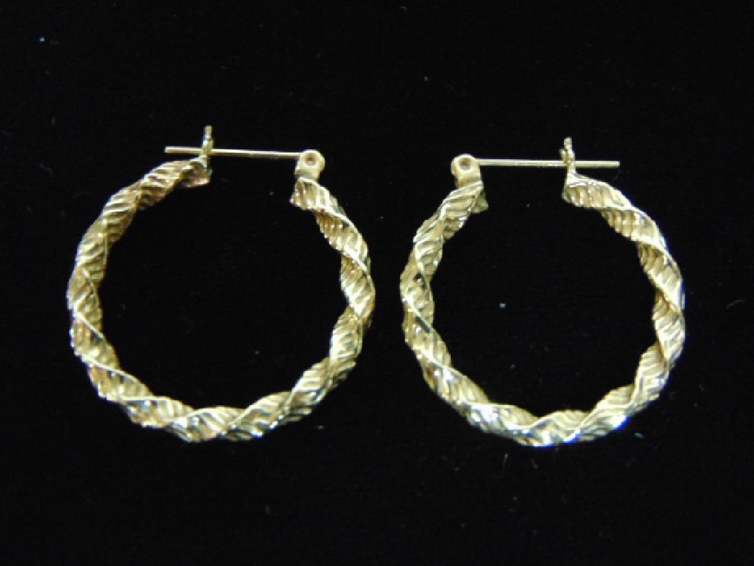 Pair of Vintage Estate 14K Yellow Gold Hoop Earrings