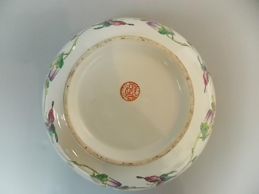 ANTIQUE HAND PAINTED CHINESE JAPANESE PORCELAIN BOWL - 4