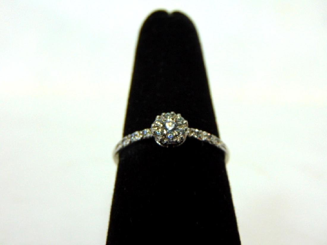Womens Sterling Silver .925 Ring w/ CZ Stone 1.6g