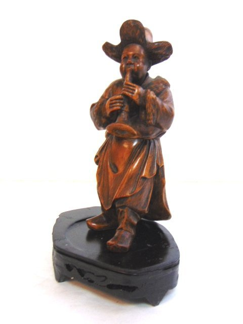 VINTAGE CARVED CHINESE MUSICIAN FIGURE - 2