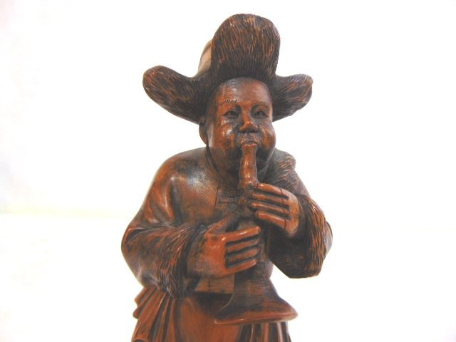 VINTAGE CARVED CHINESE MUSICIAN FIGURE - 5