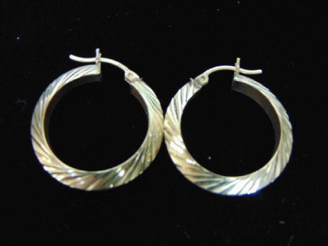 Pair of Vintage Estate 14K Yellow Gold Hoop Earrings - 2