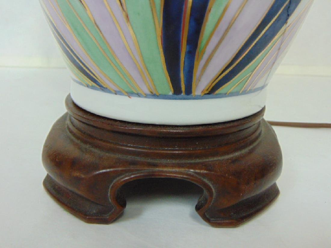 VINTAGE HAND DECORATED CHINESE FLORAL LAMP W/ ROSEWOOD - 4