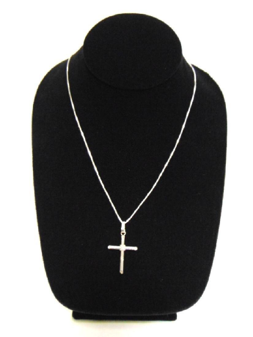 Sterling Silver Religious Cross Crucifix Pendant & Neck