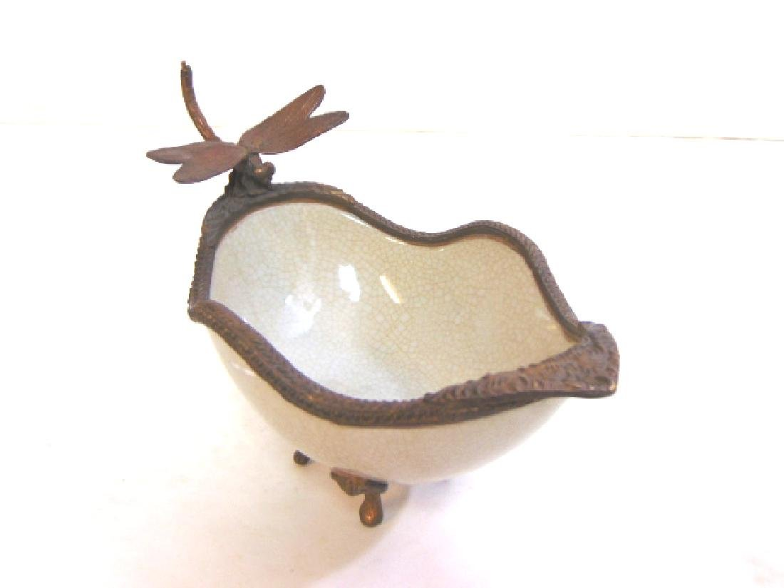 VICTORIAN STYLE PORCELAIN SOAP DISH W/ BRONZE DRAGONFLY - 2