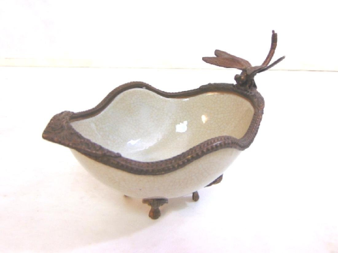 VICTORIAN STYLE PORCELAIN SOAP DISH W/ BRONZE DRAGONFLY - 3