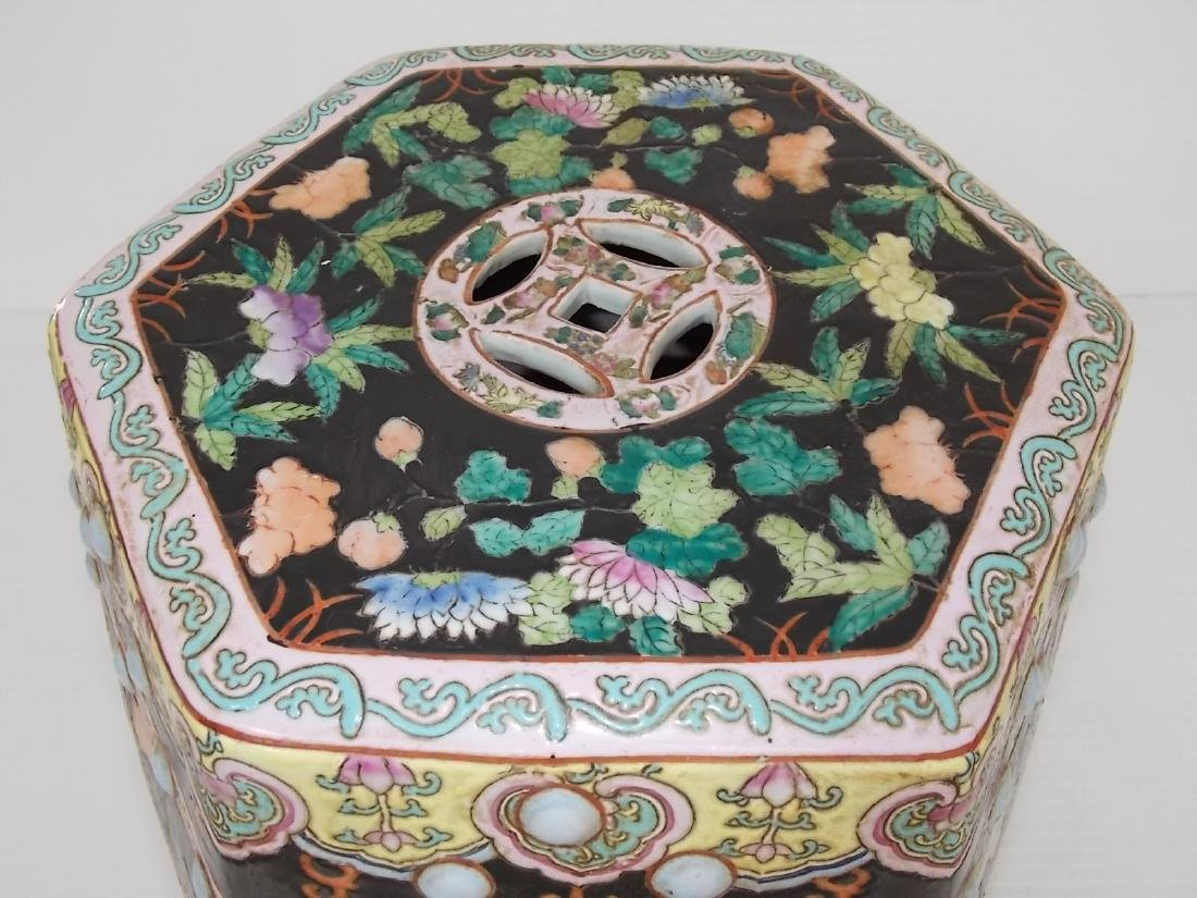 ANTIQUE HAND PAINTED CHINESE PORCELAIN GARDEN STOOL - 6