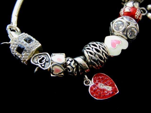 Vintage Estate Sterling Silver Charm Heart Bracelet - 3