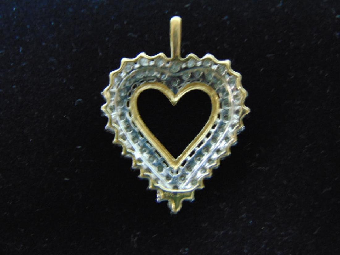 WOMENS VINTAGE ESTATE 10K GOLD HEART PENDANT W/ DIAMOND - 2