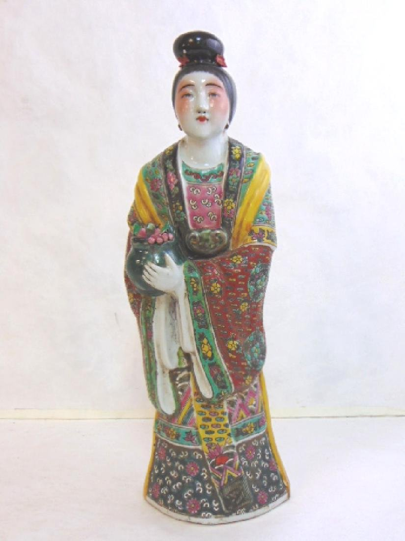 VINTAGE  CHINESE FAMILLE VERTE PORCELAIN FIGURE