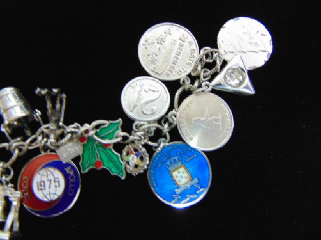 Womens Vintage Estate Sterling Silver Charm Bracelet - 2