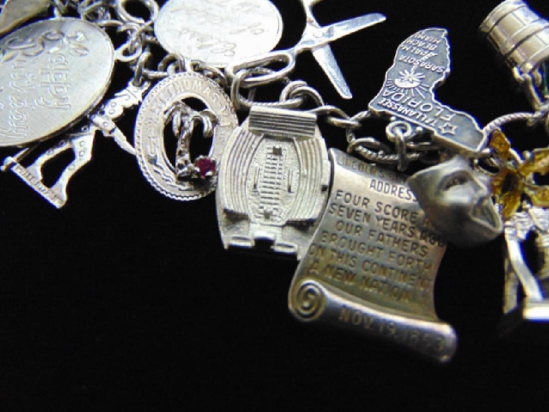 Womens Vintage Estate Sterling Silver Charm Bracelet - 5