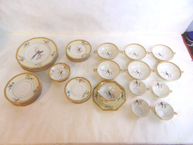 35pc Lot of Haviland French Limoges China Blois - 3